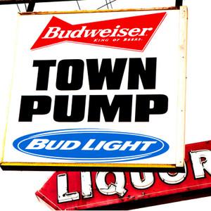 Town Pump // LR023