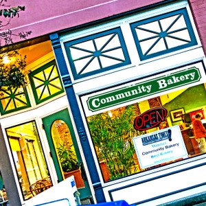 Community Bakery // LR043