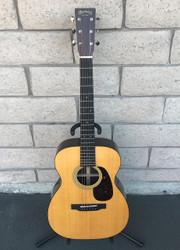 Martin 00-21 Custom Shop Rosewood Acoustic Guitar w/ OHSC