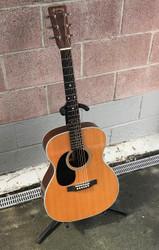 Martin 000-28 Acoustic Guitar - Left-Handed w/ Case