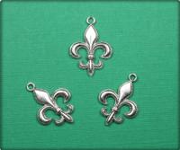Fleur de Lis Charm - Antique Silver