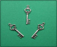 Antique Key Charm - Antique Silver