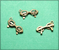 Glasses Charm - Antique Brass