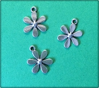 Daisy Flower - Antique Silver