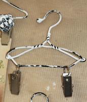 "Clip Hanger 8"""