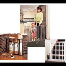 Kidco Center Gateway Child Safety Gate