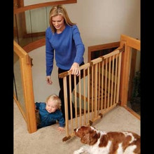 Deluxe Kidco G-32 Angle-Mount Wood Safeway Baby Gate