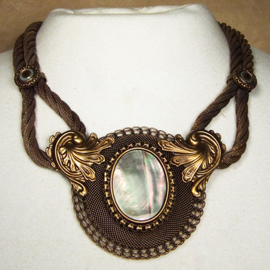 Antique Brass with Black Tahitian Pearl