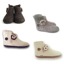 Slipper Boots w. Flower | Sizes not currently stocked