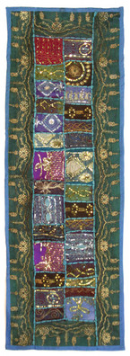 T17 Sparkle Wall Hanging