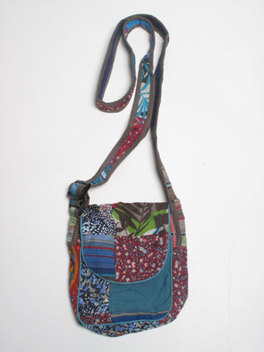 G769 Floral Shoulder Bag
