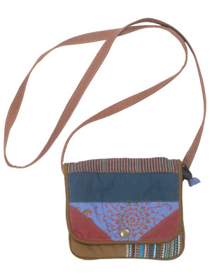 G4112 Geometric Patch Bag