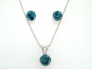 Platinum Blue Diamonds Stud Earrings And Pendant Necklace Sets 3.00 Carat Certified Handmade