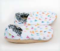 Sweet Hearts Bison Booties 6-12 months