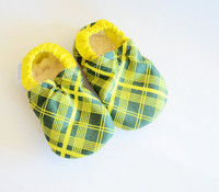 Pioneer Plaid Bison Booties 6-12 months
