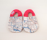 Pink // Hometown North Dakota Bison Booties 0-6 months