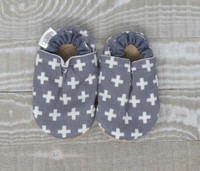 Swiss Cross Bison Booties 0-6 months