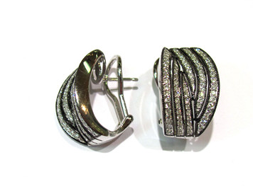 .72 ctw  diamond earrings with a black rhodium plate.