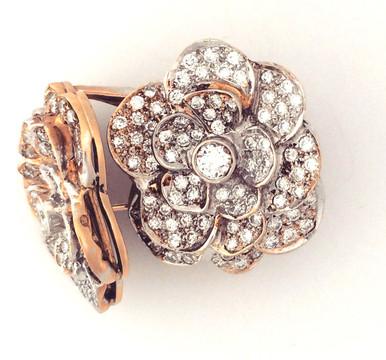 Estate 4ct Diamond cluster earrings. 14k gold with omega back.