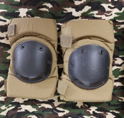 Used US Military Knee Pads - Coyote
