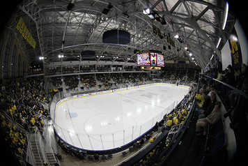 Michigan Ice Hockey vs Wisconsin - 7
