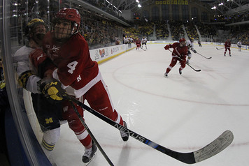 Michigan Ice Hockey vs Wisconsin - 8