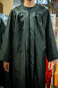 Undergraduate Gown - Pick Up Only
