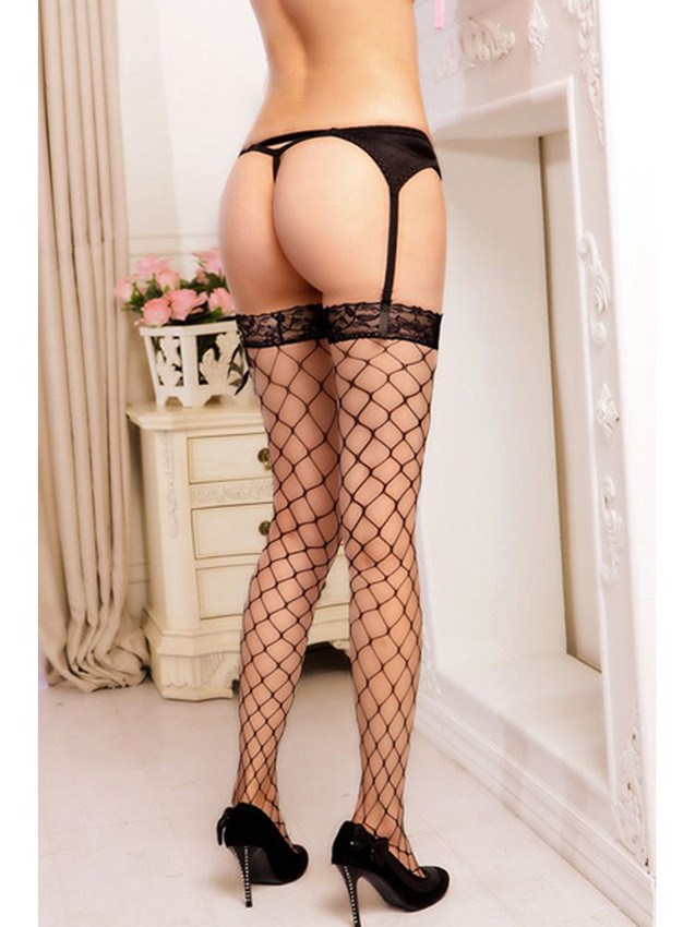 Sexy Diamond Net Thigh High Stockings With Matching Solid Band