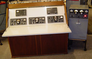 """Collins """"Desk"""" With Dream S-Line Station 51S-1, 55G1, 75S-3C, 32S-3A, 321B-4, 516F-2, & 30S-1 All Late MCN Serial Numbers CCA Excellent"""