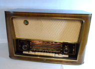 RCA  67QR77 Beautiful Wood Table Top Broadcast & Short Wave Receiver Made in West Germany