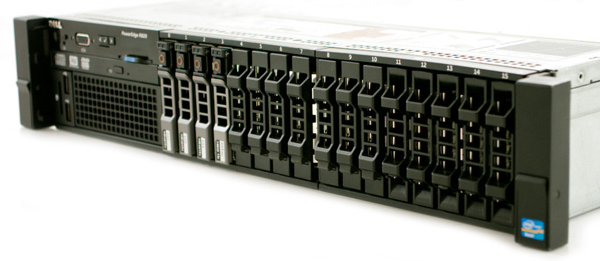DELL PowerEdge R820 - Rear View