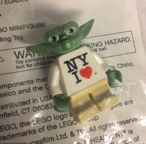 "LEGO Yoda ""I Love New York"" Minifigure Exclusive"