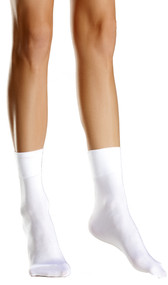Nylon cuff ankle socks.