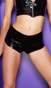 Full vinyl classic boy-cut shorts with back zipper opening.