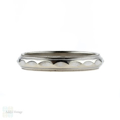Vintage Men's White Gold Wedding Ring, Faceted Design with Milgrain Beaded Edges in 14 Carat White Gold. Size X / 11.5.