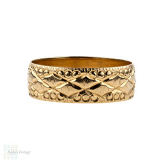 Vintage 9k Gold Engraved Wedding Ring, 9ct Wide Patterned Band. Size M.5 / 6.5.