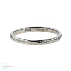 1950s Engraved Platinum Wedding Ring, Faceted Mid Century Ladies Band. Size Q.5 / 8.5.