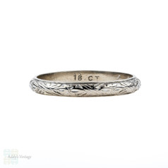 Vintage 18k White Gold Engraved Wedding Ring, Flower Engraving Ladies Band. Size M.5 / 6.5.