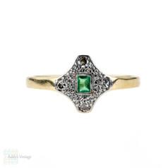 Emerald & Diamond Art Deco Engagement Ring, Geometric Shape 1920s. 18ct & Platinum.