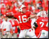 Wisconsin Badgers Scott Tolzien 2009 Action 40x50 Stretched Canvas