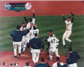 New York Yankees 1999 World Series Champions Celebration 8x10 Photo