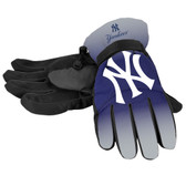 New York Yankees Gloves Insulated Gradient Big Logo Size Small/Medium