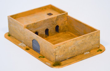 Walled Compound With Removable Roof (MDF) - 15MMDF034-R
