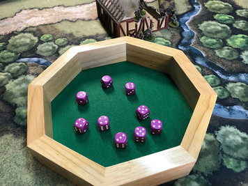 Dice Tray: Octagon 10in Wood Dice Tray