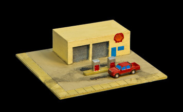 Gas Station (Resin) - 285MEV045