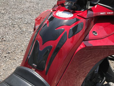 Spyder F3 Protecteur réservoir essence - #104 Carbone noir  - Urethane