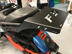 Tablette arrière Spyder F3 - F3S (En aluminium)