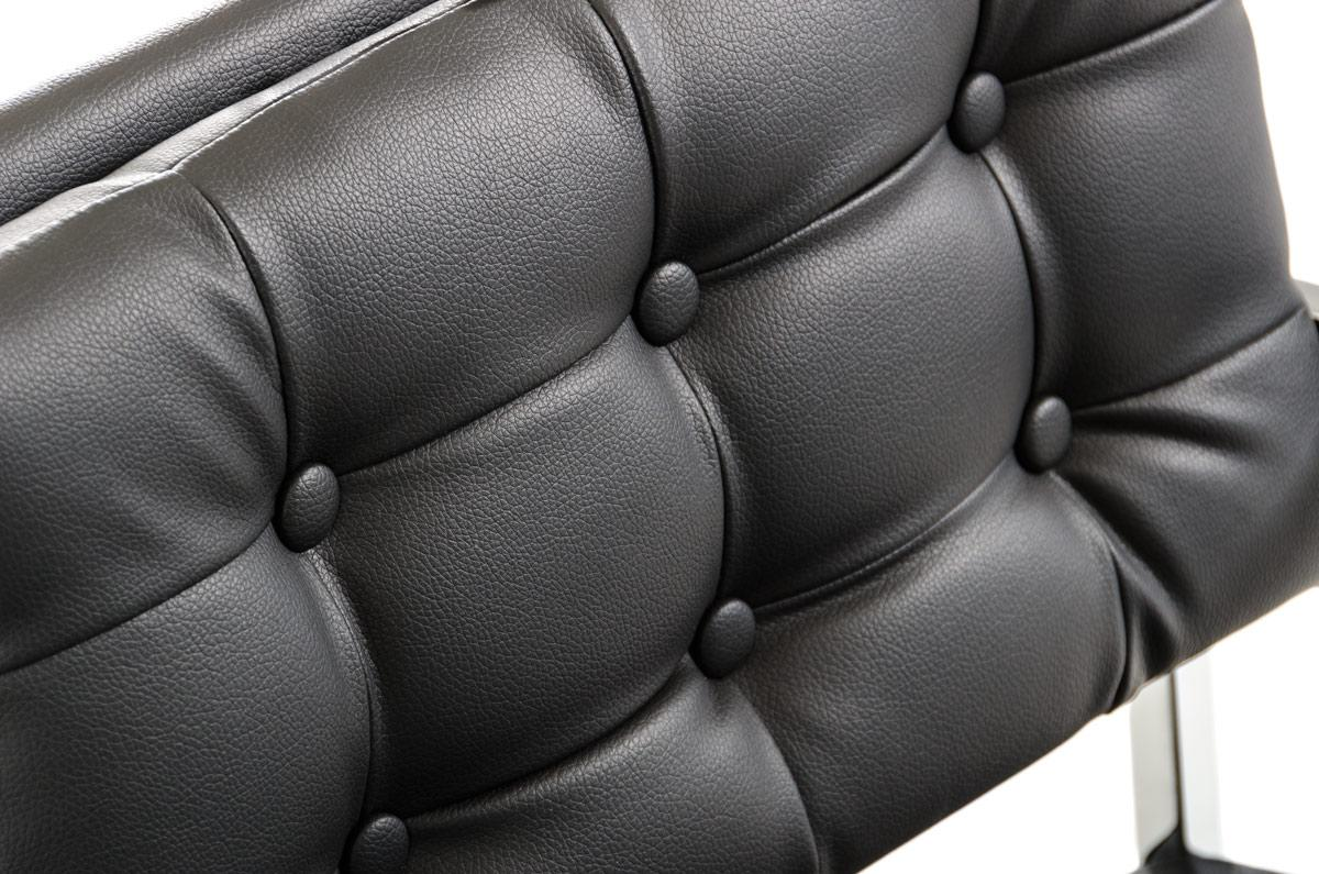 directors-chair-black-close-up.jpg