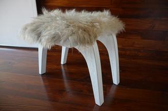 Minimalist white Oak wood stool Upholstered with curly cream white Norwegian Pelssau sheepskin - S051606