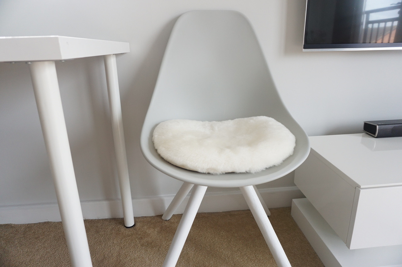 Picture of: Genuine Sheepskin Eames Style Chair Seat Pad Cushions High Quality White Milabert